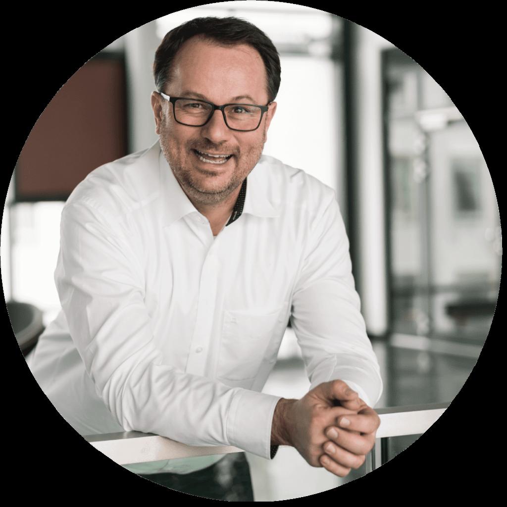 Thorsten Mally - Deutsche Pflege Treuhand AG Steuerberatrung für Pflegeeinrichtungen